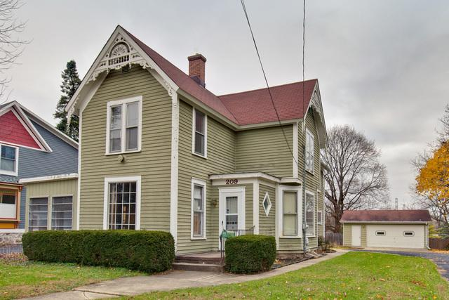 209 Spring Street, Cary, IL 60013 (MLS #10136143) :: Fidelity Real Estate Group