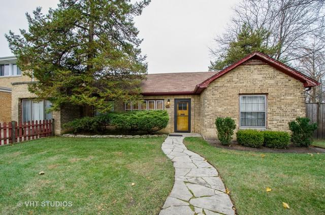 3100 W Chase Avenue W, Chicago, IL 60645 (MLS #10136294) :: Domain Realty