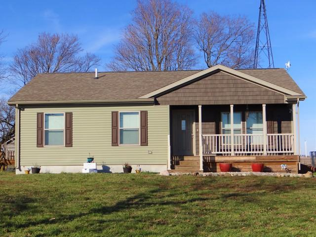 1337 E 2000 North Road, Fithian, IL 61844 (MLS #10136337) :: Domain Realty