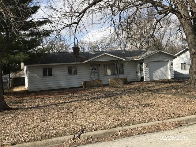 1803 Avenue L, Sterling, IL 61081 (MLS #10136429) :: Ani Real Estate