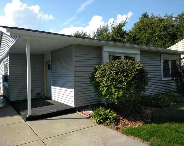 504 S Edgewood Avenue, Lombard, IL 60148 (MLS #10136558) :: Domain Realty