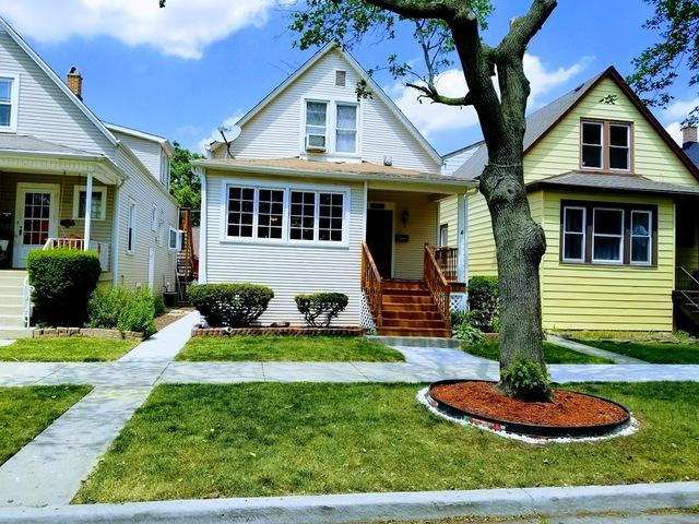 5010 W Waveland Avenue, Chicago, IL 60641 (MLS #10136700) :: Ani Real Estate