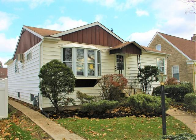4227 Grove Avenue, Brookfield, IL 60513 (MLS #10136750) :: Domain Realty