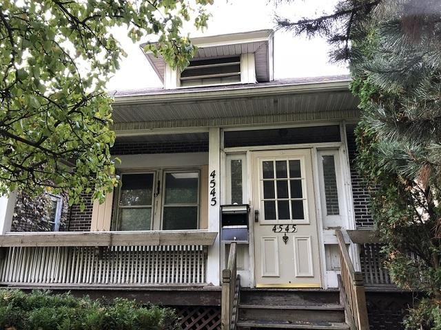 4545 W Wrightwood Avenue, Chicago, IL 60639 (MLS #10136776) :: Domain Realty