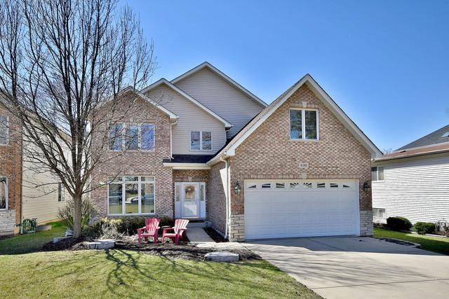 636 W Armitage Avenue, Elmhurst, IL 60126 (MLS #10136799) :: Domain Realty