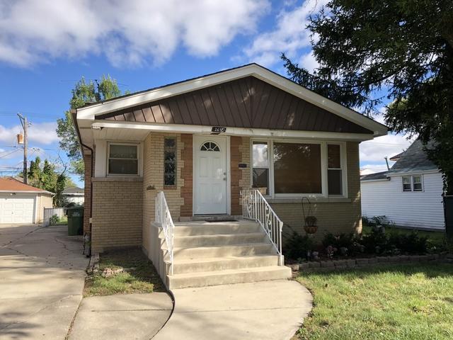 2654 W 99th Street, Evergreen Park, IL 60805 (MLS #10136891) :: Domain Realty