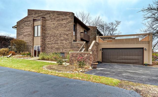331 S Dominion Drive, Wood Dale, IL 60191 (MLS #10136927) :: Leigh Marcus   @properties