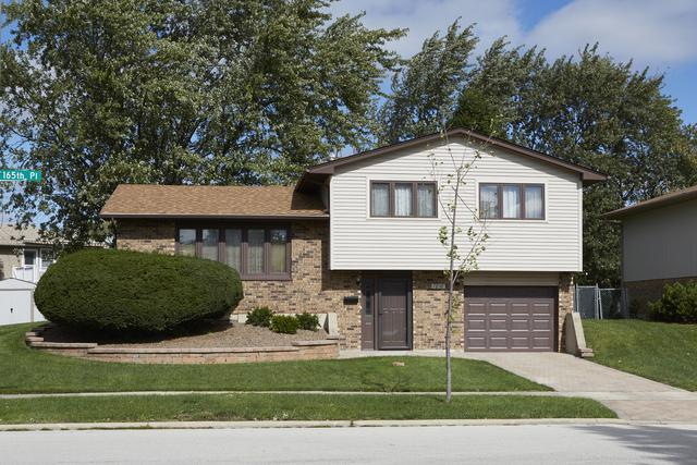 7818 165th Place, Tinley Park, IL 60477 (MLS #10136942) :: Leigh Marcus | @properties