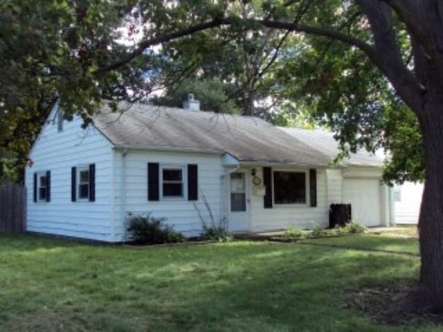 1101 Sunset Drive, Rantoul, IL 61866 (MLS #10136978) :: Ryan Dallas Real Estate