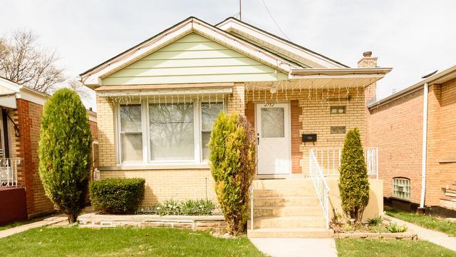 4752 S Leclaire Avenue, Chicago, IL 60638 (MLS #10137033) :: Ani Real Estate