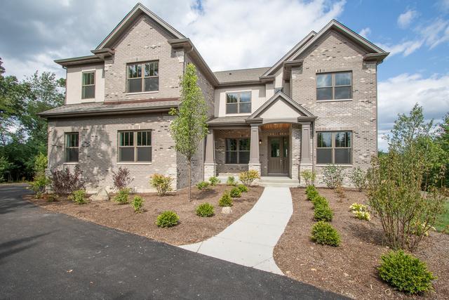10 Golf Crest Drive, Hawthorn Woods, IL 60047 (MLS #10137150) :: Helen Oliveri Real Estate