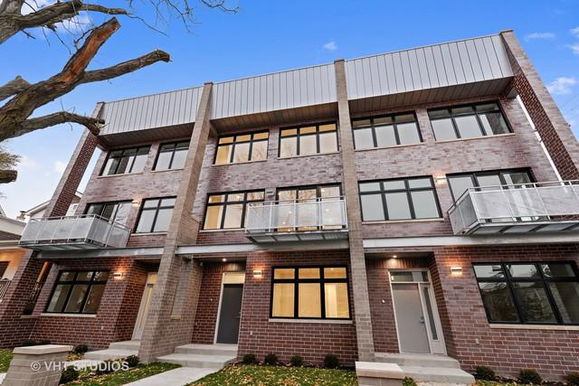 1804 W Warner Avenue, Chicago, IL 60613 (MLS #10137291) :: Ani Real Estate