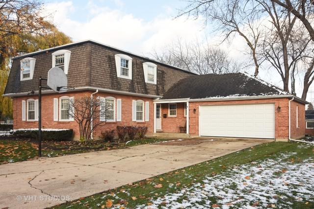 747 N Willow Wood Drive, Palatine, IL 60074 (MLS #10137458) :: Domain Realty