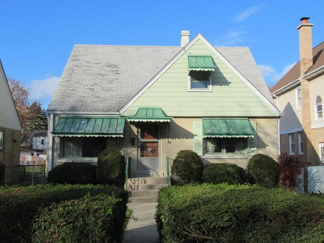 2405 Lee Street, Evanston, IL 60202 (MLS #10137586) :: Domain Realty