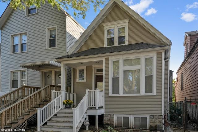2143 W Belle Plaine Avenue, Chicago, IL 60618 (MLS #10137719) :: Ani Real Estate