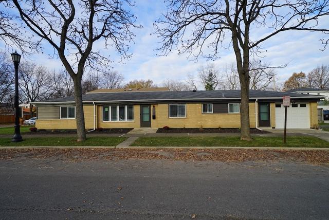 1800 Leland Avenue, Evanston, IL 60201 (MLS #10137823) :: Domain Realty