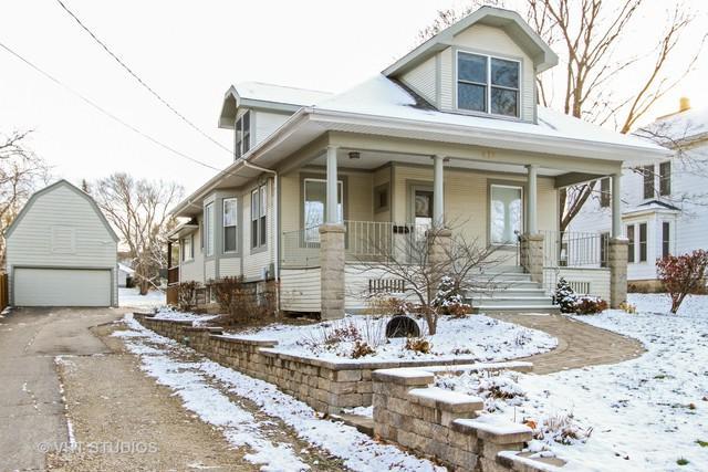 475 W Jackson Street, Woodstock, IL 60098 (MLS #10137936) :: Lewke Partners