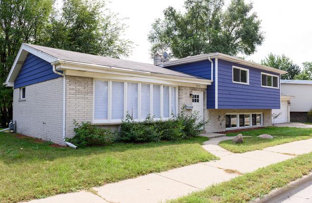 8717 Gross Point Road, Skokie, IL 60077 (MLS #10138050) :: Domain Realty