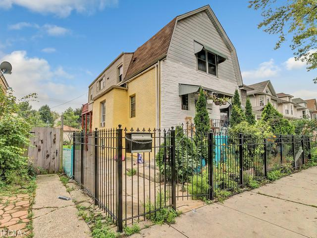 4125 W School Street, Chicago, IL 60641 (MLS #10138065) :: Domain Realty