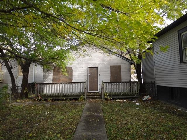 9551 S Wentworth Avenue, Chicago, IL 60628 (MLS #10138107) :: Ani Real Estate