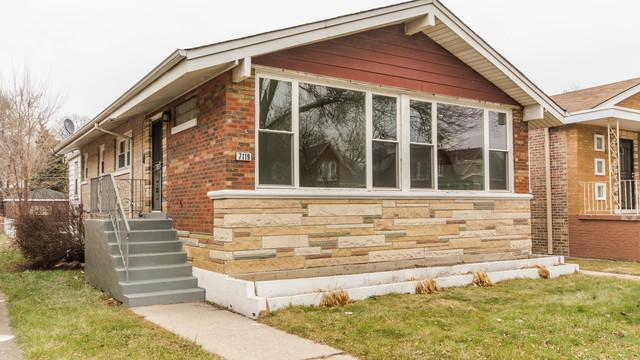 7119 S Indiana Avenue, Chicago, IL 60619 (MLS #10138126) :: Leigh Marcus | @properties