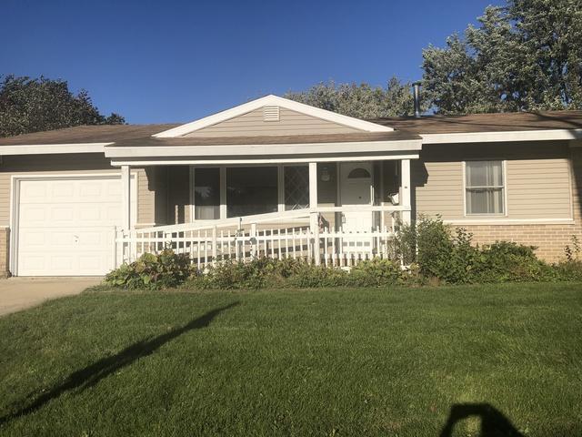 939 Victoria Lane, Elk Grove Village, IL 60007 (MLS #10138262) :: Leigh Marcus | @properties