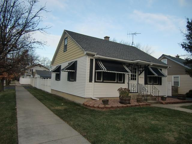 9542 Nashville Avenue, Oak Lawn, IL 60453 (MLS #10138315) :: Leigh Marcus   @properties