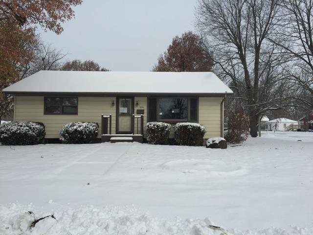 426 E Second Street, Gibson City, IL 60936 (MLS #10138425) :: Ryan Dallas Real Estate