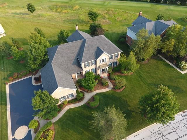 21 Doral Drive, Hawthorn Woods, IL 60047 (MLS #10138449) :: Helen Oliveri Real Estate