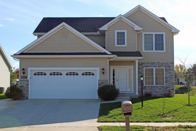 2117 E Slade Lane, Mahomet, IL 61853 (MLS #10138463) :: Ryan Dallas Real Estate