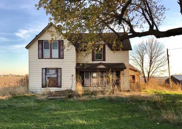 2399 E 2150 NORTH Road, Watseka, IL 60970 (MLS #10138490) :: Leigh Marcus | @properties