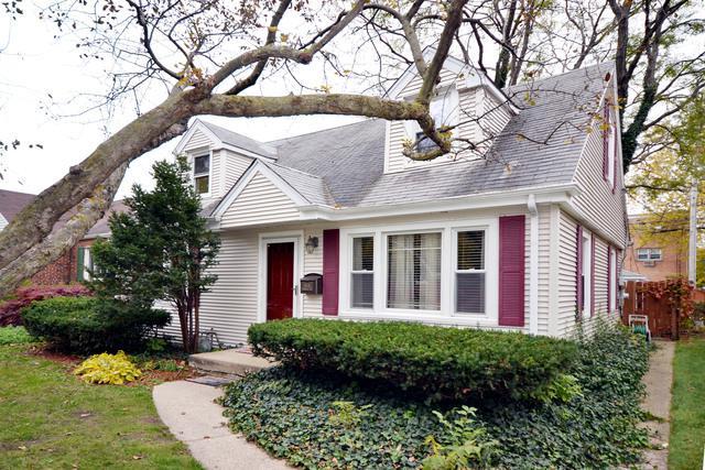 1614 Dobson Street, Evanston, IL 60202 (MLS #10138591) :: Domain Realty