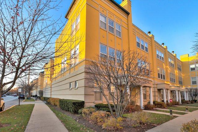 7521 Brown Avenue E, Forest Park, IL 60130 (MLS #10138658) :: Ani Real Estate