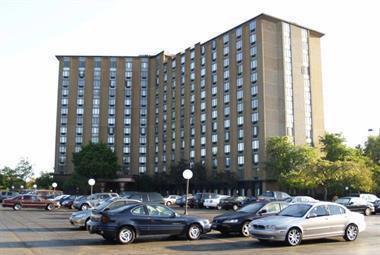 1 Renaissance Place #516, Palatine, IL 60067 (MLS #10138706) :: Helen Oliveri Real Estate