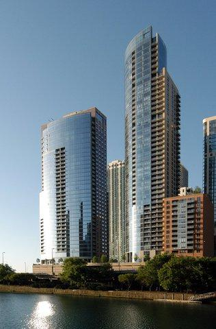 450 E Waterside Drive #1304, Chicago, IL 60601 (MLS #10138733) :: Leigh Marcus | @properties