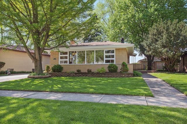4109 W 100th Street, Oak Lawn, IL 60453 (MLS #10138820) :: Leigh Marcus   @properties