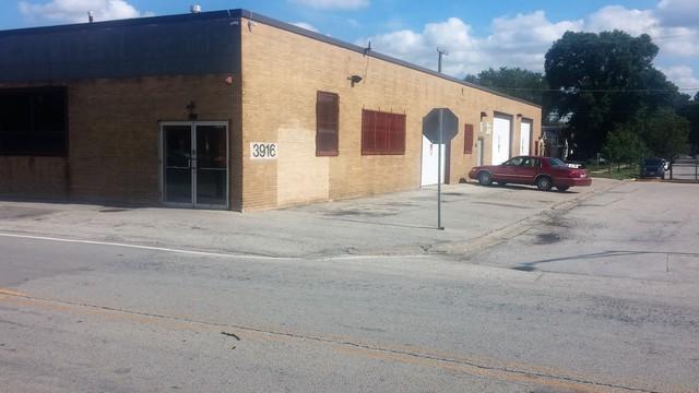 3916 North Avenue, Stone Park, IL 60165 (MLS #10138885) :: Domain Realty