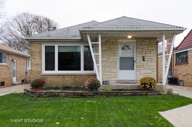 5041 W Devon Avenue, Chicago, IL 60646 (MLS #10138902) :: Ani Real Estate