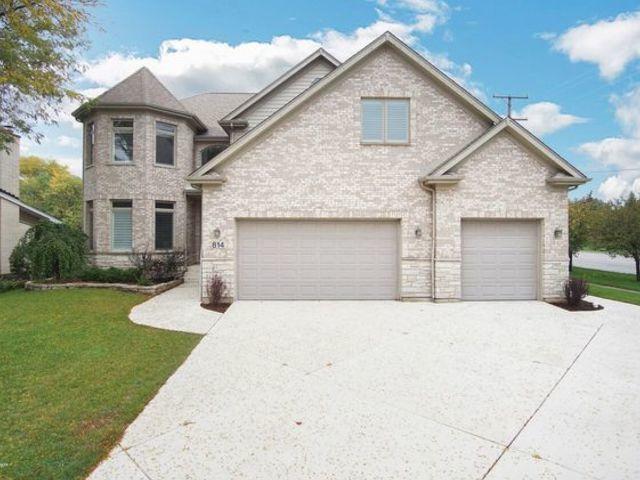 814 W Kathleen Lane, Palatine, IL 60067 (MLS #10139027) :: Ani Real Estate