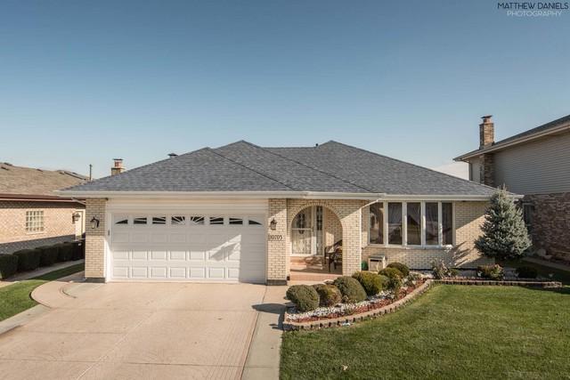 10705 Georgia Lane, Oak Lawn, IL 60453 (MLS #10139060) :: Leigh Marcus   @properties
