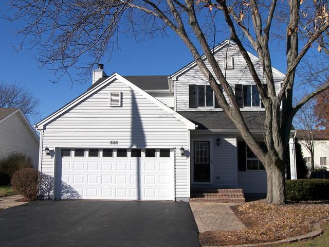 585 Peachtree Lane, Lake Zurich, IL 60047 (MLS #10139061) :: Helen Oliveri Real Estate