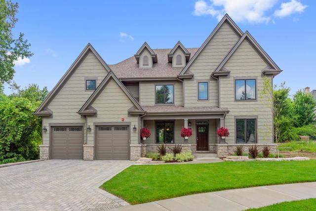 828 Shannon Lake Court, Westmont, IL 60559 (MLS #10139089) :: Domain Realty