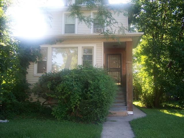 215 S 15th Avenue, Maywood, IL 60153 (MLS #10139101) :: Ani Real Estate