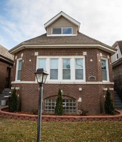 8055 S Harvard Avenue, Chicago, IL 60620 (MLS #10139131) :: Leigh Marcus | @properties