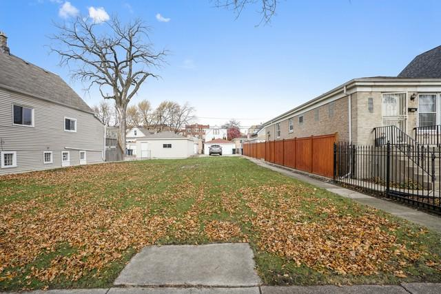 4832 W School Street, Chicago, IL 60641 (MLS #10139181) :: Leigh Marcus | @properties