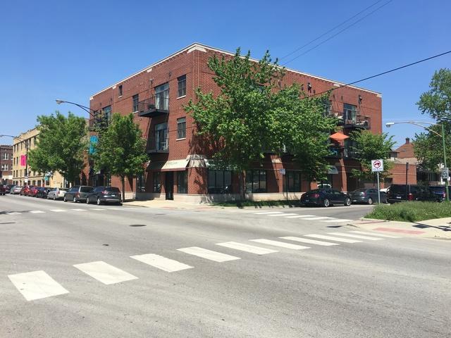 2934 W Montrose Avenue #202, Chicago, IL 60618 (MLS #10139212) :: Domain Realty
