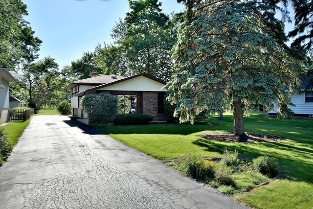 406 N Wilmette Avenue, Westmont, IL 60559 (MLS #10139460) :: Leigh Marcus | @properties