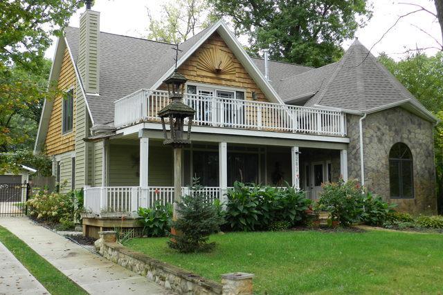 21W282 Walnut Road, Glen Ellyn, IL 60137 (MLS #10139469) :: Leigh Marcus | @properties