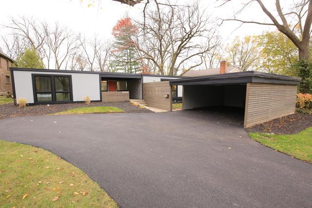 1233 Stratford Road, Deerfield, IL 60015 (MLS #10139974) :: T2K Properties
