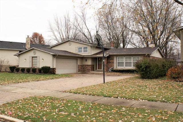 229 W Tanglewood Drive, Arlington Heights, IL 60004 (MLS #10140281) :: T2K Properties